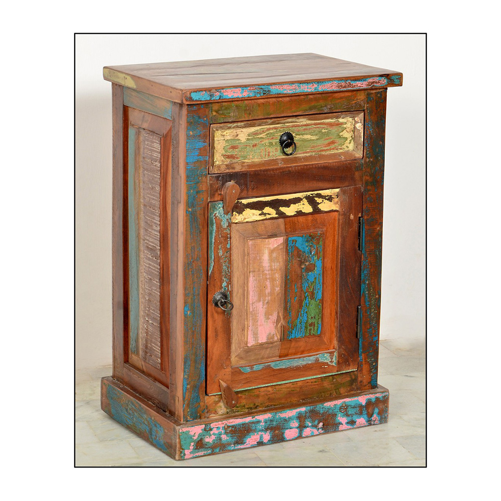 kommode f r das badezimmer aus altholz. Black Bedroom Furniture Sets. Home Design Ideas