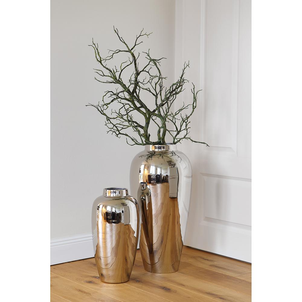 Hohe Vase In Vernickelter Ausführung