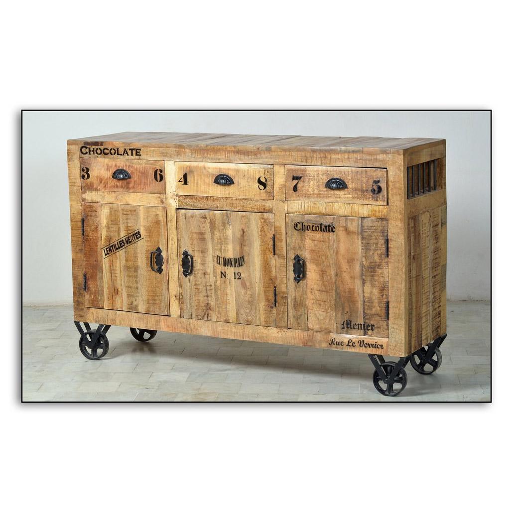 rustikales sideboard auf rollen. Black Bedroom Furniture Sets. Home Design Ideas