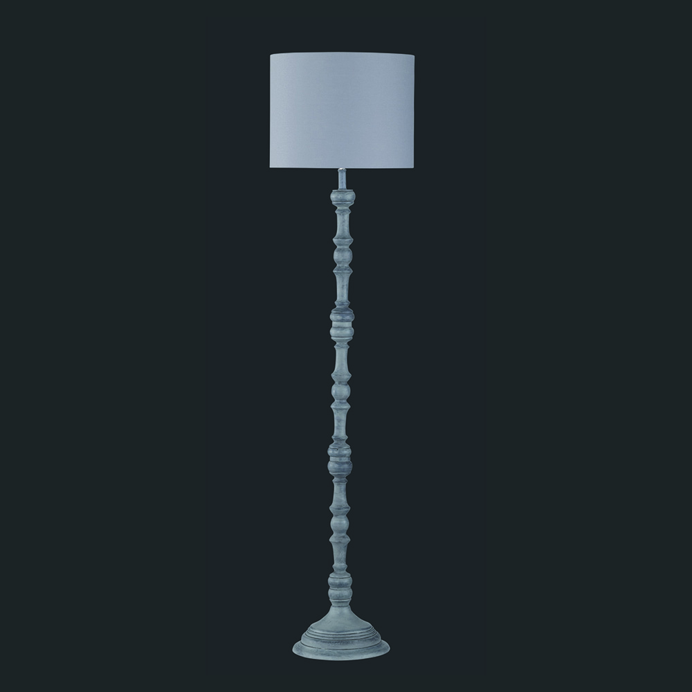 Stehlampe Antik aus Massivholz im Shabby Chic Look