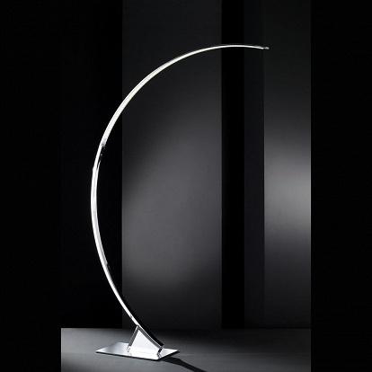 sch ne led stehlampe die hat den bogen raus. Black Bedroom Furniture Sets. Home Design Ideas